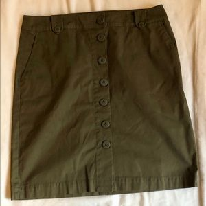 Talbots green a-line button front skirt size 10
